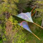 日本では入手困難な宙に浮くテント?