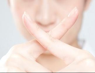 いちご鼻、ニキビケア、角栓を良くする5つの段階的な方法